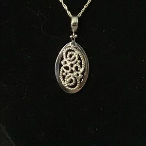 18K White Gold Pendant from Royal Chain